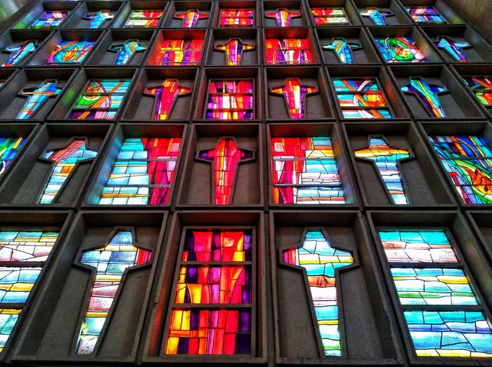 Multi Colored Place Of Worship Backgrounds Window Full Frame Religion Architecture Built Structure Stained Glass Pew Altar Virgin Mary Jesus Christ Chapel Pipe Organ Interior Cathedral Catholicism Rose Window Architecture And Art Christianity Church HUAWEI Photo Award: After Dark EyeEmNewHere