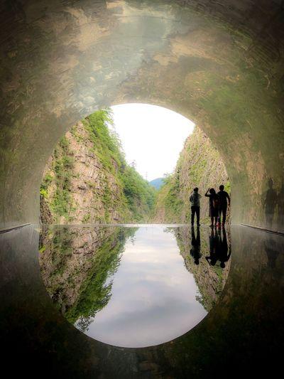 水路に立っている気分。 Tunnel Water Reflection Nature Architecture Lake Plant Day Arch Built Structure Sky Outdoors Beauty In Nature The Past