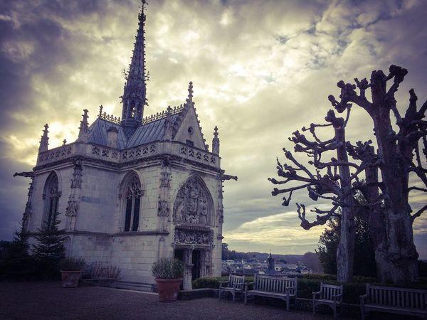 France, Amboise, janeiro/2016 Amboise Architecture Building Exterior Built Structure Castle Church City Cloud - Sky Da Vinci Day France No People Outdoors Sky Travel Destinations