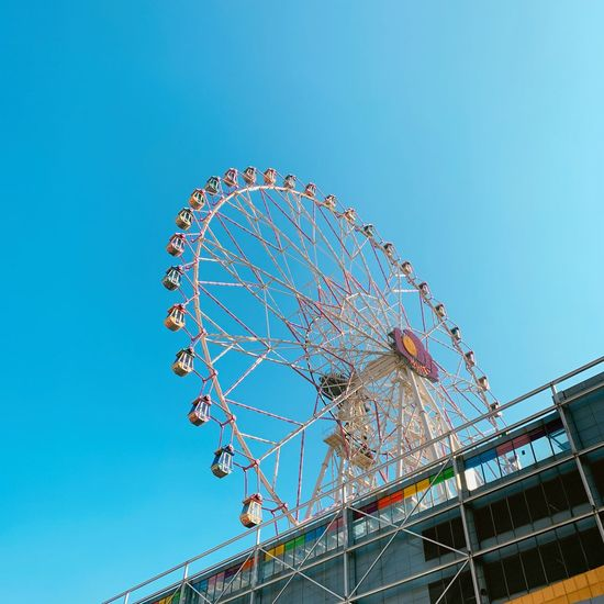 울산 Amusement Park Amusement Park Ride Sky Low Angle View Clear Sky Blue Arts Culture And Entertainment Nature Ferris Wheel No People Circle Outdoors