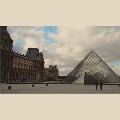 Pyramide du Louvre. A cloudy time lapse in #Paris 5/6 _vidstagram Icu_video Paris Creativevideo Videoshoot Sumaysiguevideo Igtube Ms_videos Wec_ig Iphoto_q8 Ig_artistry Ig_video Igersfrancevideo Eclectic_videos Insta_globalvideo Tribegram_video Videooftheday Videogramoftheday Global_views_videoshot Jj_video Clubsocial_video Instagoodvideo
