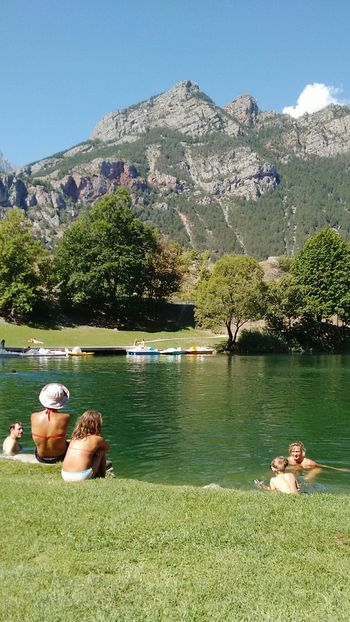 La roche de rame, Savoie, France Savoie Savoia  France Francia Relaxing Swimming Landscape_photography Hello World ✌ Eye4photography  Mypointofview Green Color People Photography Eyemphotography EyeEm Best Shots EyeEm Nature Lover Nature Wonderful Swimming Time