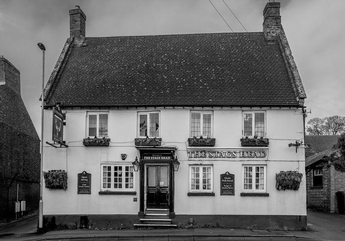 The Stag's Head, High Street, Earl's Barton, Northamptonshire Earls Barton Northamptonshire Black And White Monochrome Architecture Village FUJIFILM X-T10 Pubs Northampton Pubs