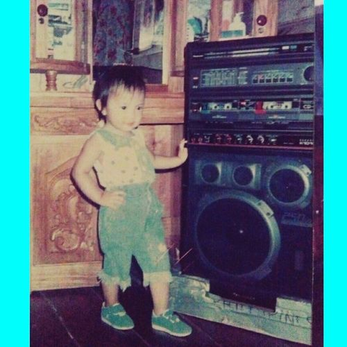 Little Raz 😍😝🐰🎈🎆 That's Me Throwback ✌