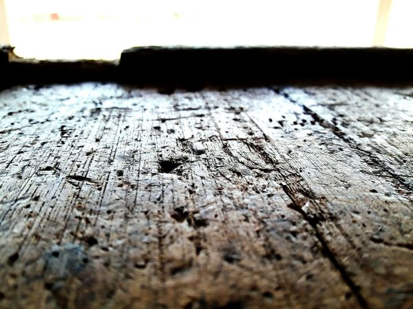 natural carved tables Natural Carved Tables Natural Beauty Table Vintage Style Vintage Photo Old Table Natural Light Natural Effect Stylish Exotic Exotic Creatures Exotic Old Amaging Tradisional Art Vintage Close-up No People Day Textured  Indoors