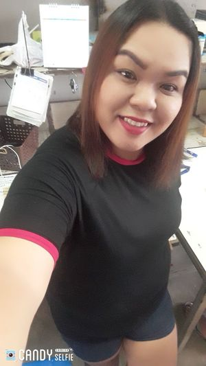 Good Evening😊😙😗😘 Driss Thailand's Young Women Portrait Smiling Working Occupation Business Looking At Camera Women Beautiful Woman Business Finance And Industry