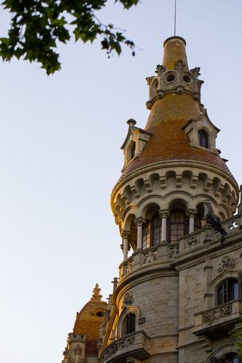 The tower of the old building. Barcelona Architecturelovers Architecture_collection Architecture Column Columns Baroque Barcelona Tiles Tile Tiled Roof  Telling Stories Differently The Architect - 2016 EyeEm Awards