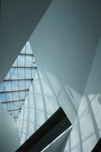 Tel Aviv Museum Of Art Whitewalls  Window Check Light Reflection Sky Reflection Geometric Shapes Geometric The Architect - 2015 EyeEm Awards
