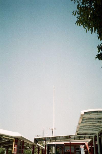 Architecture Blue Film Photography Filmcamera Fujifilm Klasse S Natura1600 Sky フィルムに恋してる フィルム写真