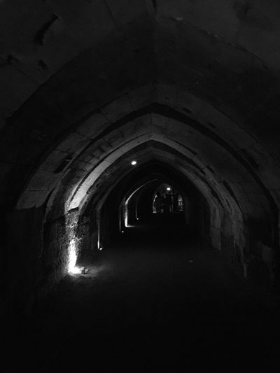 Bnw_life Bnw_captures Bnw_friday_eyeemchallenge Bnw_tunnels Architecture Arch Tunnel The Way Forward Direction Light At The End Of The Tunnel Dark