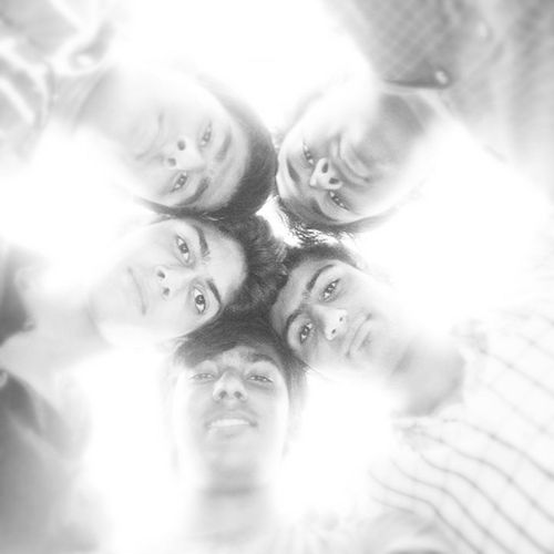 Paanch Friends Forevr Kj_lodhu_pulu_hrdk_vishu Self Clicked Instaclick ..