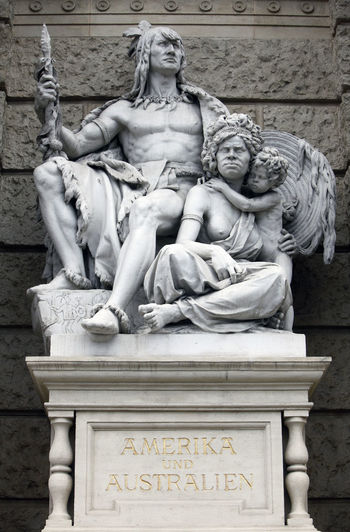 America and Australia, statues depicting personifications of the various continents. Naturhistorisches Museum, Vienna, Austria America Art Art And Craft Australia Austria Continent Culture Monument Monument Naturhistorisches Museum Personification Sculpture Statue Stone Material Vienna