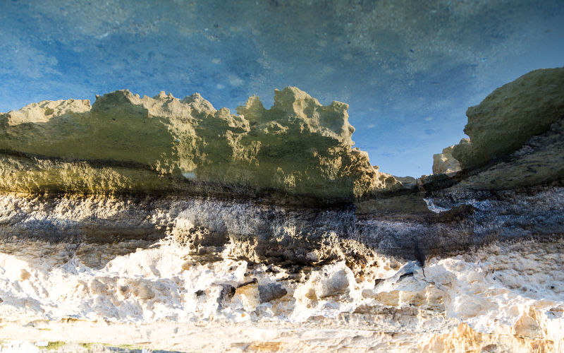 Paisaje en charco Reflection Beauty In Nature Cloud - Sky Environment Nature Reflection_collection Reflections Reflections In The Water Rock Rock - Object Rock Formation Sky Tranquil Scene Water