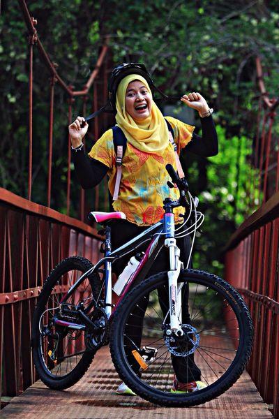 Ayu... Razhar GowesPagi Bogor, Indonesia