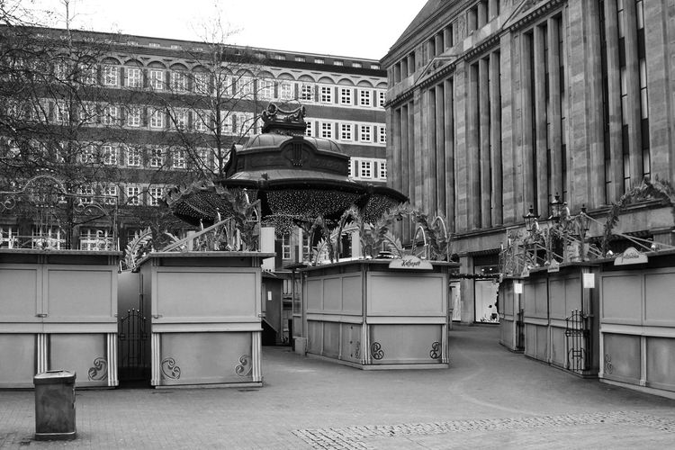 Weihnachtsmarkt, Duesseldorf, Germany Black And White Blackandwhite Christmas Market City Duesseldorf Düsseldorf Everything In Its Place No People Weihnachtsmarkt