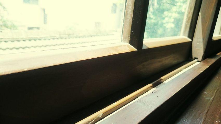 我佇立…不知晨昏…不辨寒暑……,窗外的東昇西墜…廊下的春去秋來…,任迷濛翳滿雙眼、任苦澀潸然漫延…,驀然…一抹熱切自黯淡微涼的唇間…傾情……… Window Autumn Is Coming Missing You Enjoying Life Architecture Taking Photos Relaxing Hanging Out