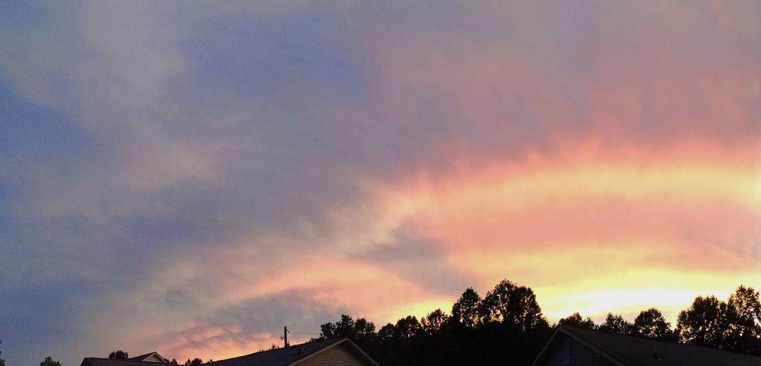 Sunset last night. Sunset #sun #clouds #skylovers #sky #nature #beautifulinnature #naturalbeauty #photography #landscape EyeEm Best Shots - Sunsets + Sunrise WeatherPro: Your Perfect Weather Shot Crepuscular Cloud Porn