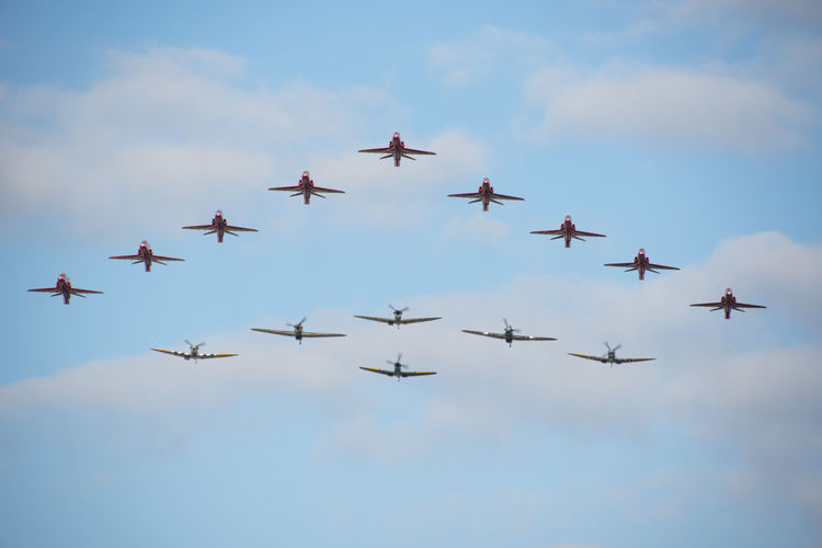 Spitfires and Red Arrows in tight formation Formation High Top Airplane Airshow Attractions Bestoftheday Close-up Coming Display Flying Formation Flying Mid-air Military Military Airplane Passing Planes Red Arrows Sky Spitfire Spitfires Tight Togetherness Towards Ww2