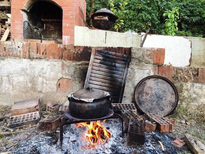 Odun Ateşinde Güveç Köy Doğa Yemek