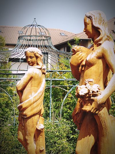 Italy🇮🇹 Moncalieri Garden Photography Espalier Pergola Statues Of Two Women Terracotta Full Size Street Photography Old But Awesome Taking You On My Journey 😎 Fine Art Photography Fine Art Detail On The Way Feel The Journey People Colour Of Life, Detailphotography Garden Architecture Flowers,Plants & Garden Garden Look Statue In The Sun