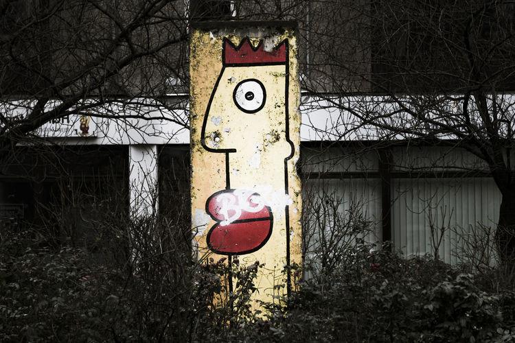 alone Berlin Berlin Mitte Berlin Streetart Streetart Streetphotography Colour Your Horizn