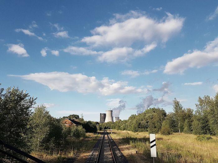 Ankunft in Hirschfelde Rail Transportation Train Railroad Track Tree Sky Cloud - Sky