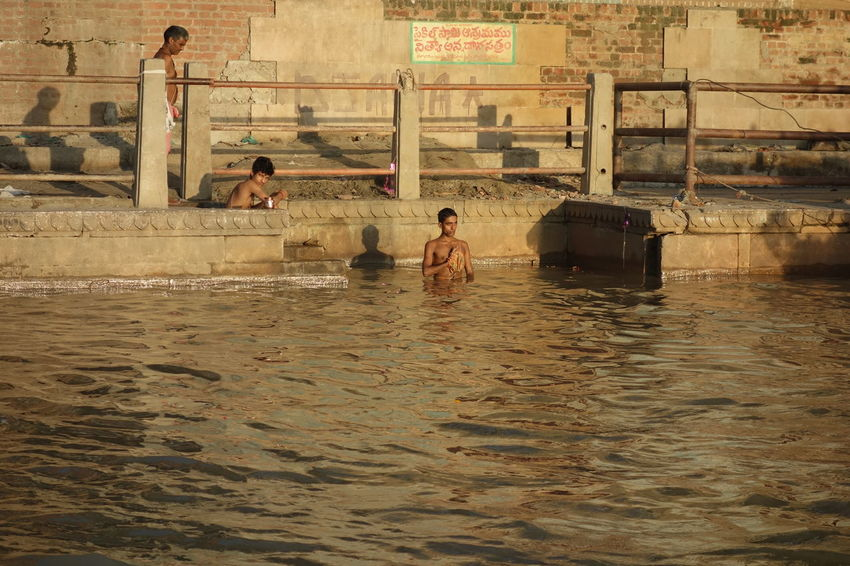 Day India Indian Culture  Lifestyles Outdoors Real People Varanasi Varanasi, India Ganges, Indian Lifestyle And Culture, Bathing In The Ganges,