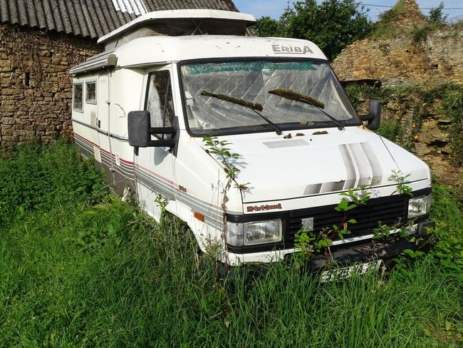 Neglected Transport Abandoned Motorhome Nature Reclaiming No People Outdoors Parked