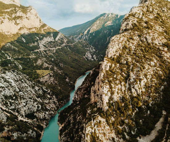 Embouchure des gorges du Verdon Mountain Scenics - Nature No People Nature Beauty In Nature Day Rock Tranquil Scene Tranquility Rock - Object Non-urban Scene Solid Outdoors Mountain Range Environment Landscape Water Sky Geology Mountain Peak Formation Eroded