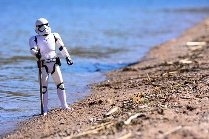 I'm lost...been walking for days..~Collaboration with my little nephew Jonah. Toyonlocation Toy_nerds Stormtrooper Starwars Toydiscovery TheForceAwakens Toypictures Toyoutsiders Toyphotography Toyboners Toycrewbuddies Toygroup_alliance Toystagram Toystory Water CanyonLake Arizona Phxtoypics Toyjuice Actionfigure Figurine  Collectable Justanothertoygroup