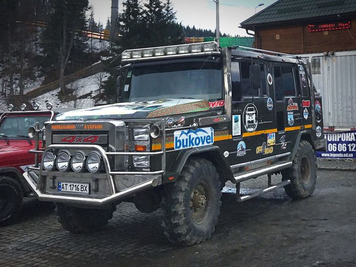 Monster Trucks Bukovel 4*4 внедорожник позашляховик