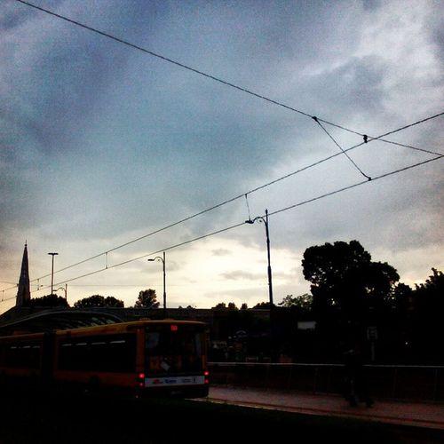 Bus West Sunset Arsenał ratusz Podeszczu Przewodytrakcyjnedotramwaju