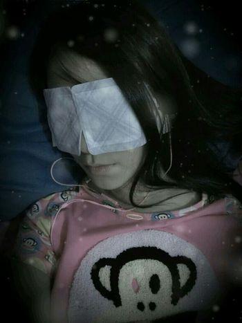 有了花王蒸汽眼罩,妈妈再也不担心我失眠了~