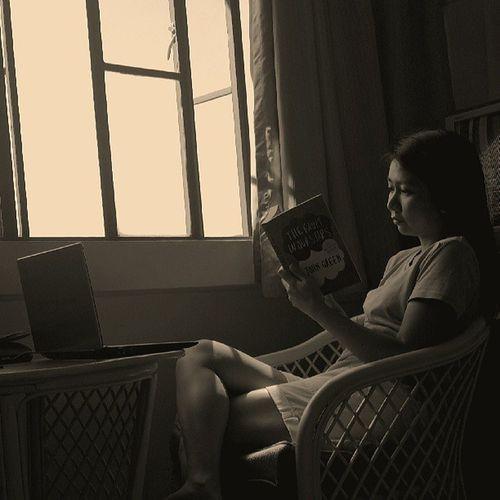 I never found a companion that was so companionable as Solitude . HenryDavidThoreau Alone Reading instamood instahabit instadaily IGers TheFaultInOurStars