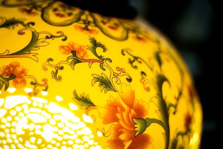 A lamp...