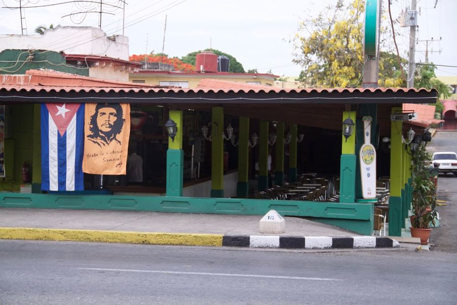 Che Cuba Cuban Flag Varadero Architecture Building Exterior Built Structure Che Guevara Cuban Life Flag No People Road Been There. This Is Latin America