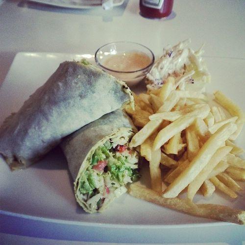 Lunch Spinachtahiniwrap Akscafe Daressalaam darlife
