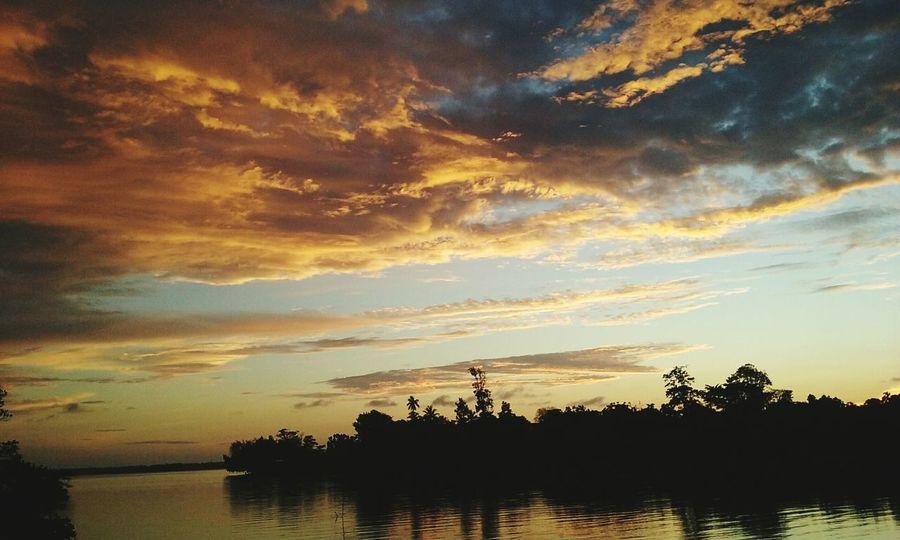 Sunrise Batuna Marovo Lagoon Western Province Solomon Islands 43 Golden Moments