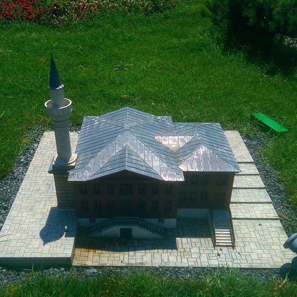 Cengelkoy Bosphorus Mosque Cami kaymakmustafapasacamii istanbul model maket art architech mimari kagithane travel museum miniature miniaturk