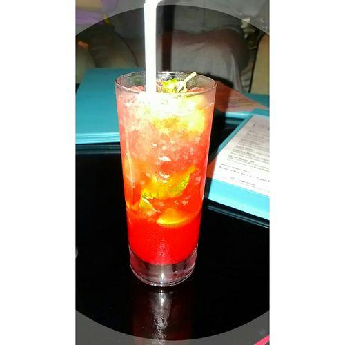 Strawberry Vanilla Mojitos Vanilla Syrup Lime Mint Soda Water Sprite