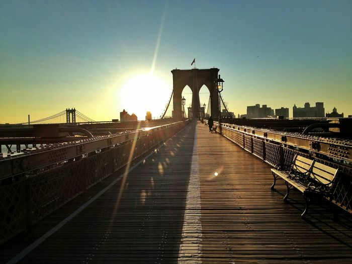 Brooklyn Bridge / New York Sunrise Sunshine Good Morning Sunshine Brooklyn Brooklynbridge Brooklyn Bridge  New York NYC Photography Nyc Sunrise Bridge Sunlight No People Winter New York The Street Photographer - 2016 EyeEm Awards