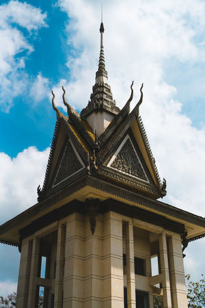 Complete stupor Architecture Travel Destinations Cloud - Sky Travel Tourism Religion History Sky Architectural Column Built Structure Gold Gold Colored Building Exterior Day Outdoors No People Culture Travel ASIA Showcase: April Travel Photography Cambodia Phnom Penh