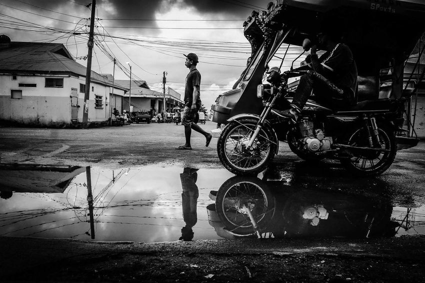 Photography Blackandwhite Photography ArtLife Bogo City Cebu PhilippinesSonyrx100m2 Arts Culture And Entertainment Everybodystreet Sony Contemporary Photography Streetphotography Sonyrx100ii Monochrome The Street Photographer - 2017 EyeEm Awards Everyday Life Check This Out Contemporary Art Wawex Eyeem Philippines Street Photography