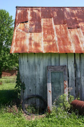 Barn Wood Barnyard Rustic Beauty Rustic Barn Countryside Country Life EyeEm Selects Architecture Sky Building Exterior Built Structure Grass