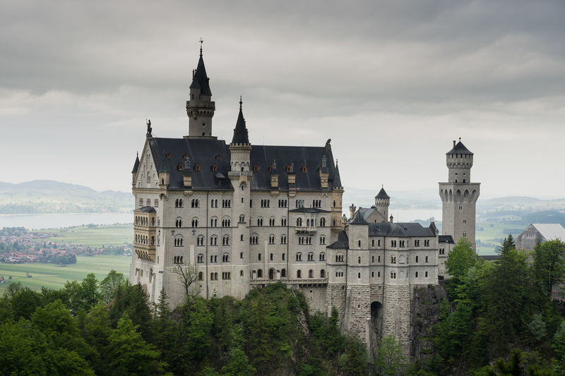 Schwanstein Castle Bavaria Castle Neuschwanstein Castle Richard Wagner Schwanstein Castle Architecture Built Structure Germany History Lugwig Midle Ages Mountain Nature Outdoors Sky Travel Destinations Tree
