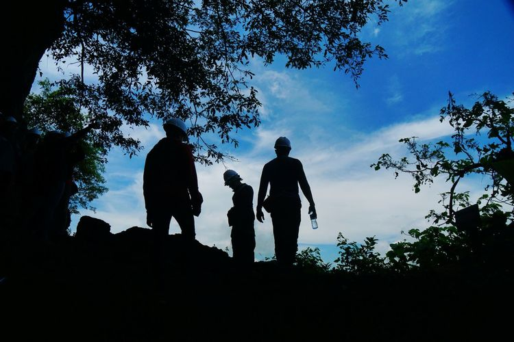 silhoute Photography By Arif Wibowo Photography By Jgawibowo Travel INDONESIA Cave Caves Photography Blue Sky Like Like4like Tree Child Full Length Togetherness Boys Men Adventure Bonding Childhood Silhouette Natural Arch Limestone Hiker Geology