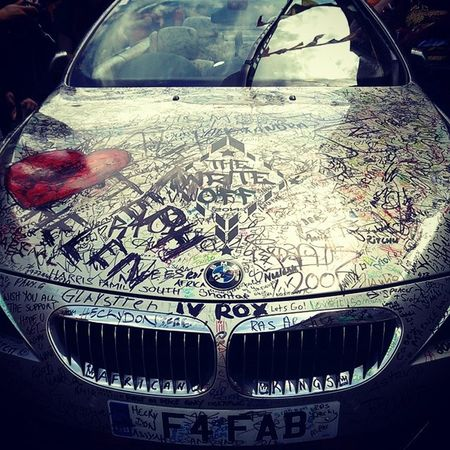 London Camden England Bmw Graffiti Car Motor Signature Art Leave Your Mark Unusual Unique Cool Tag Like4like Instacool The_Write_Off Heart Vroom Permanent Pen German Automobile Silver Design Inked Tagged InstagramLondon