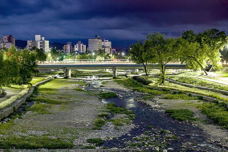 mi jujuy #Paisaje #Jujuy #Argentina Tree City Sky Architecture Building Exterior Built Structure