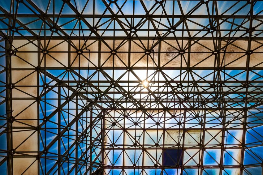 Containment Arizona Biosphere 2 Blue Moody Abstract Science And Technology Science Experiment Modern Backgrounds Full Frame Pattern Futuristic Window Blue Ceiling Glass - Material Architecture Triangle Architectural Feature Architecture And Art Architectural Detail Geometric Shape Pyramid