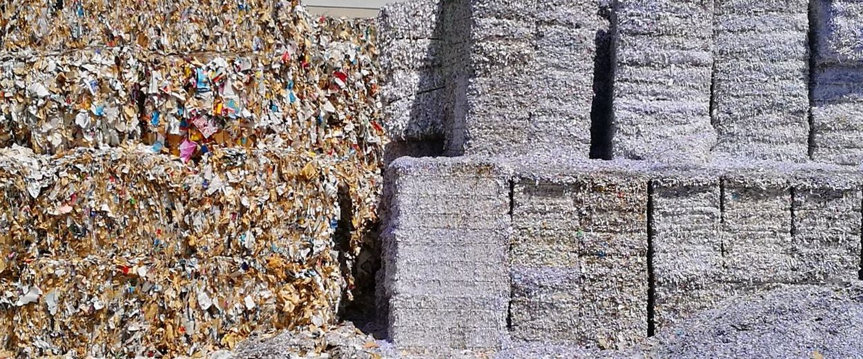 Papier Paper Recycling Nachhaltigkeit Sustainability Industry Company Wiederverwertung Umwelt Hintergrund Background Environment Recycling Materials
